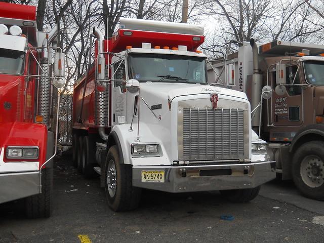 Six Axle Truck : Famous axle dump truck