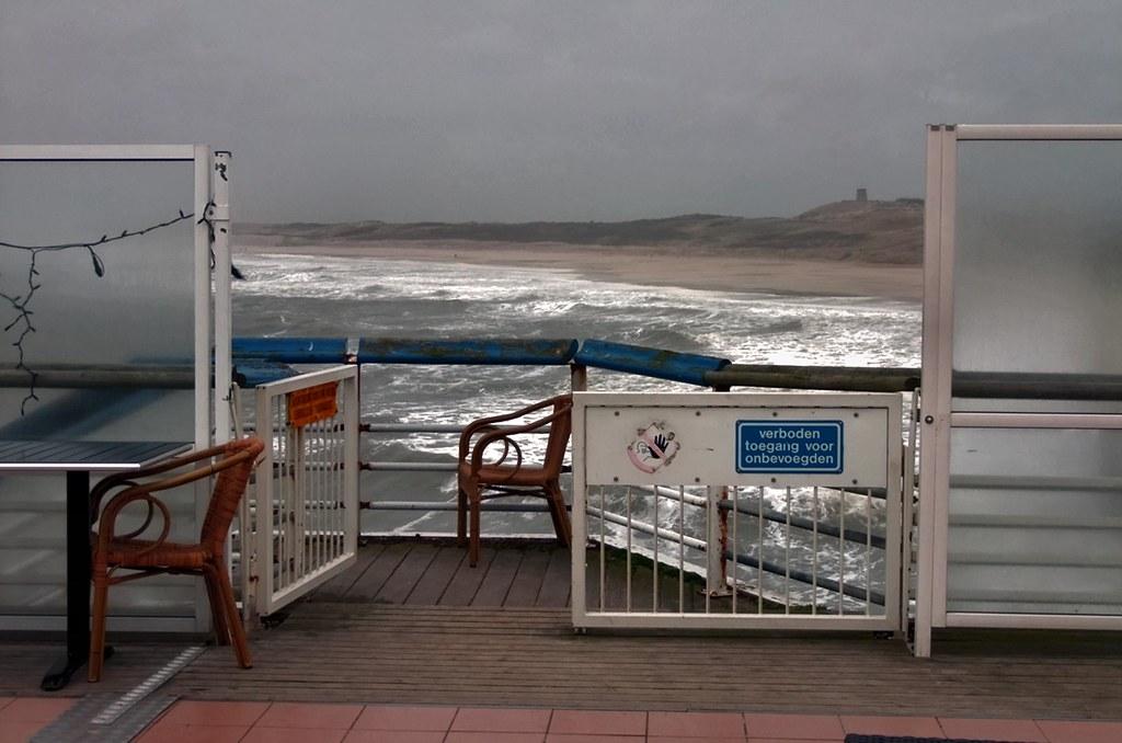 Uitzicht op de kust wind in de kustprovincies af en toe ha flickr - Uitzicht op de tuinman ...