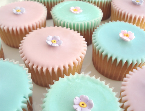 Mothers Day Fairy Cakes With Water Icing