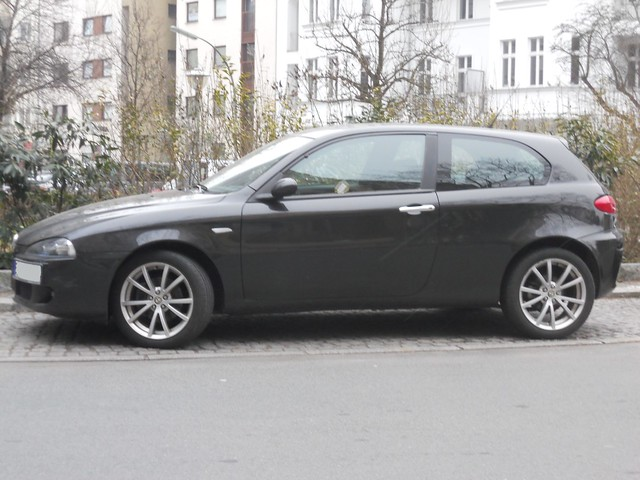 alfa romeo 147 ti flickr photo sharing. Black Bedroom Furniture Sets. Home Design Ideas