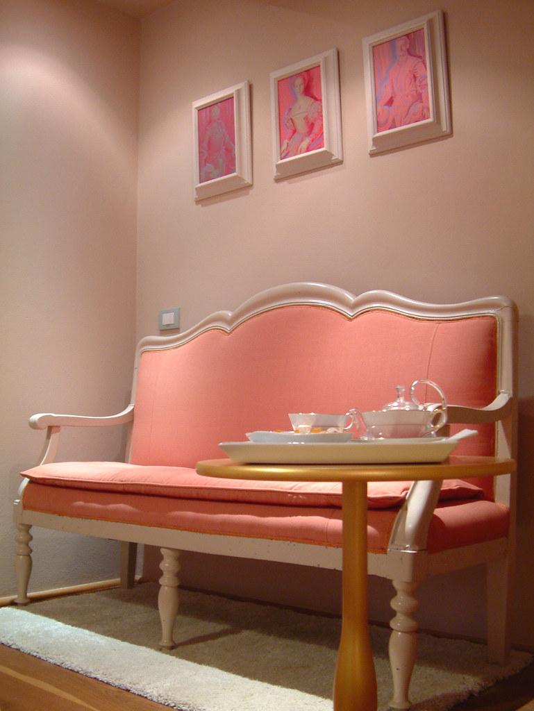 duchess boutique de charme duchess firenze italy buotique flickr. Black Bedroom Furniture Sets. Home Design Ideas