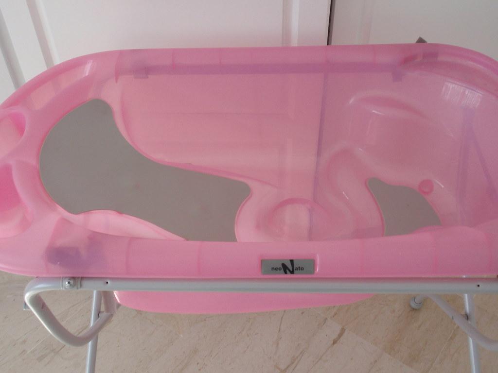 Baignoire b b pied baignoire sur pied neo nato achet e flickr - Antiderapant baignoire bebe ...