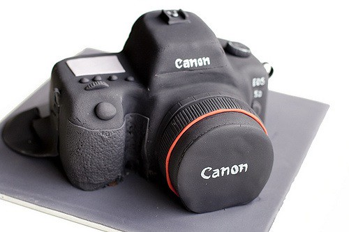 Pictures Of A Camera Cake