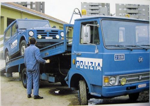 Italia polizia di stato fiat iveco om 50c 1977 flickr for Polizia di stato roma permesso di soggiorno