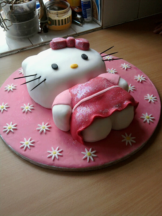 hello kitty birthday cake dawn harman flickr. Black Bedroom Furniture Sets. Home Design Ideas