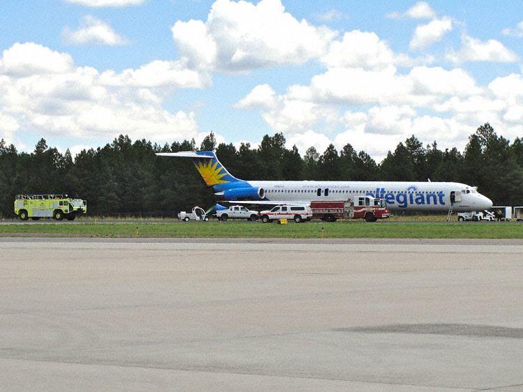 Allegiant Md83 N880ga Flagstaff 100725 1 Air Crash