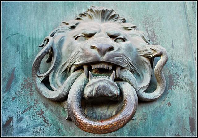 Lion 39 s head door knocker flickr photo sharing - Lion face door knocker ...