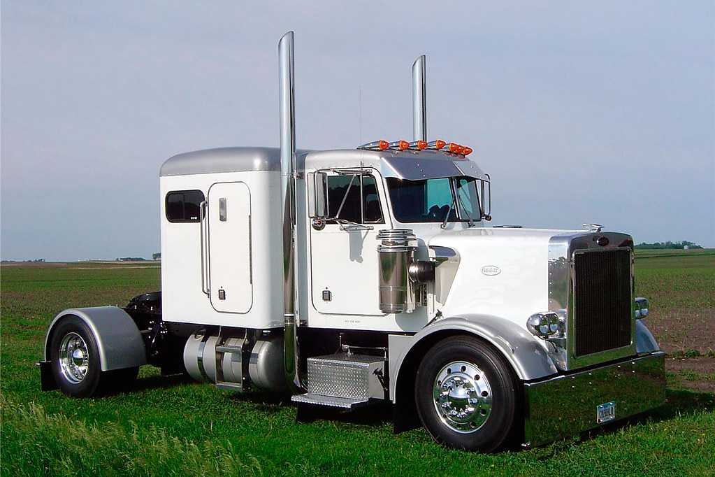 Custom Single Axle Tractor : Peterbilt  quot wb hp should be a since