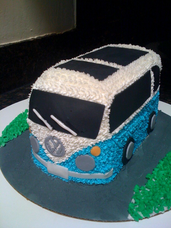 VW Bus birthday cake | Leigh Ann Finch | Flickr