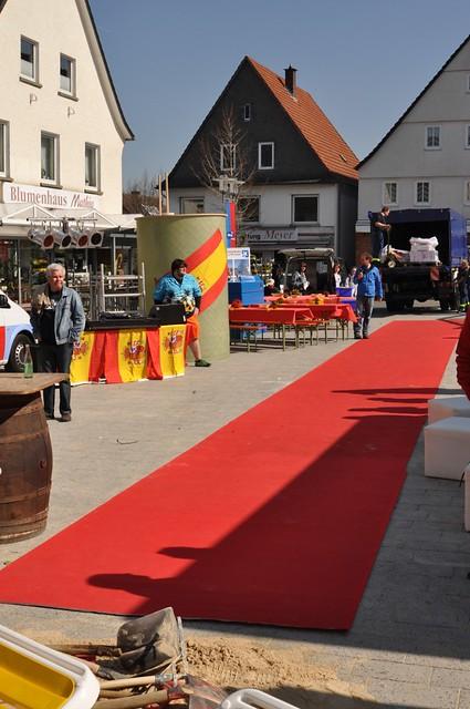 Roter Teppich  Der rote Teppich für die Gäste liegt Die