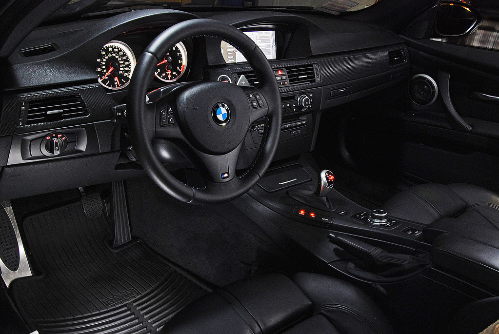 BMW M3 E92 2010 Interior View Of A 2010 BMW M3 Five