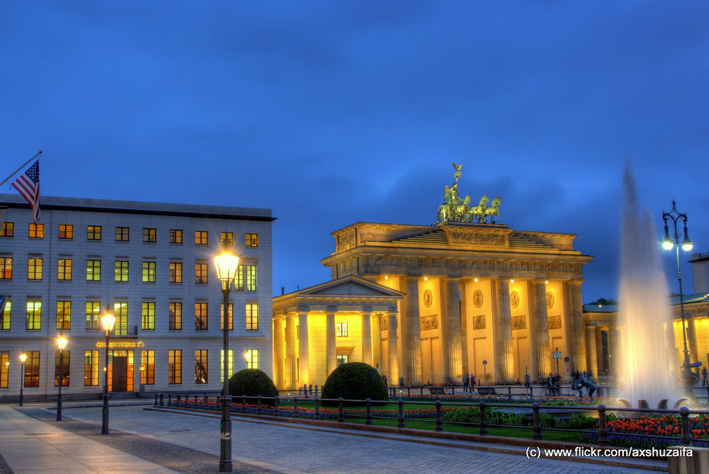 pariser platz pariser platz in berlin with the. Black Bedroom Furniture Sets. Home Design Ideas