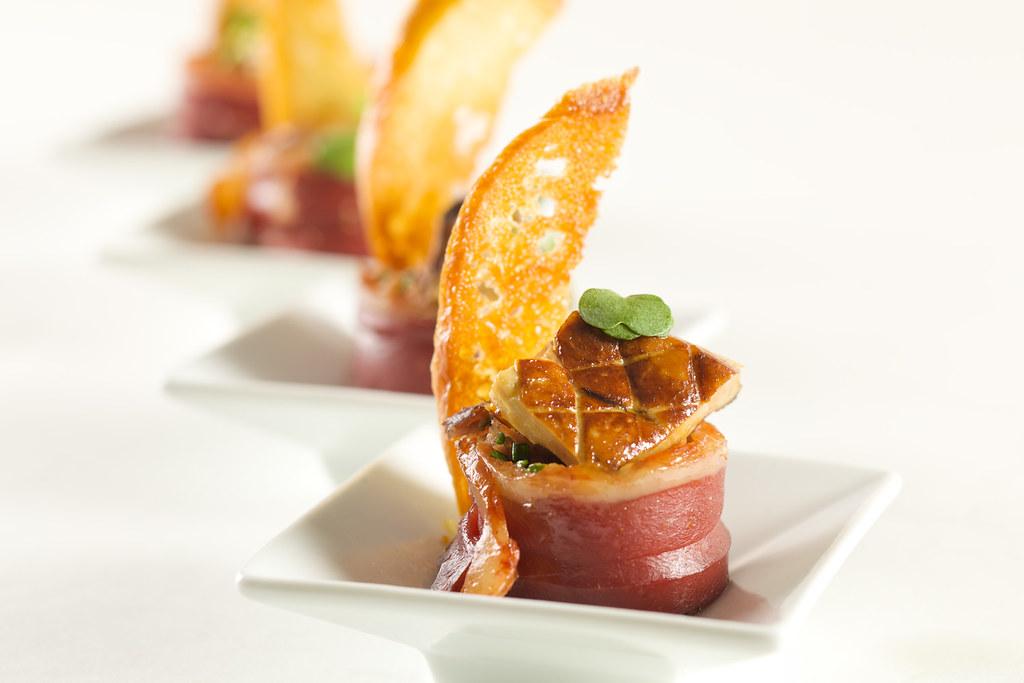 Trilogie de canard canap 9704 canard confit et foie for Canape foie gras
