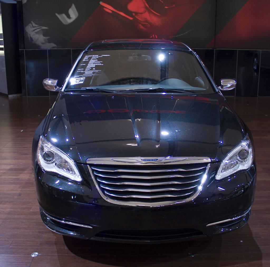 2011 Chrysler 200 Limited Front