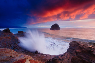 Kiwanda Wave | by ©Helminadia Ranford