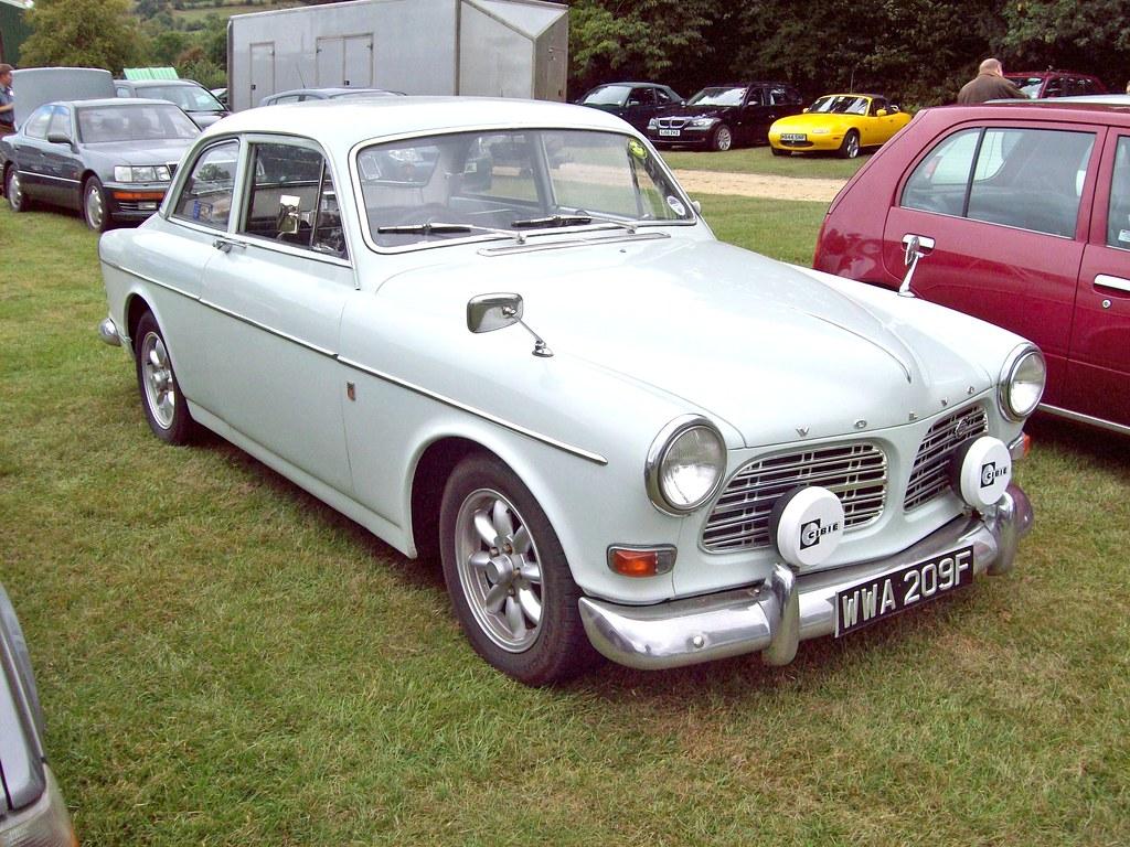 454 Volvo 122S-B18 (1962-67) | Volvo 122S-B18 (1962-67) Engi… | Flickr