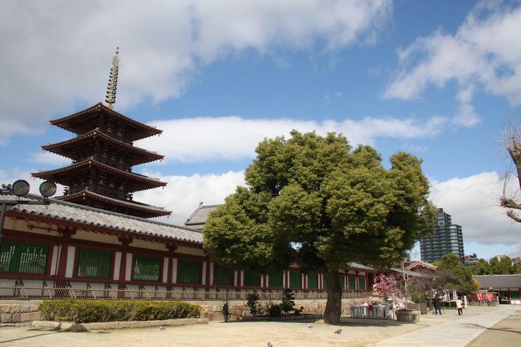 古の風景 / A sublime scenery  四天王寺、Shitennō-ji Temple  Flickr