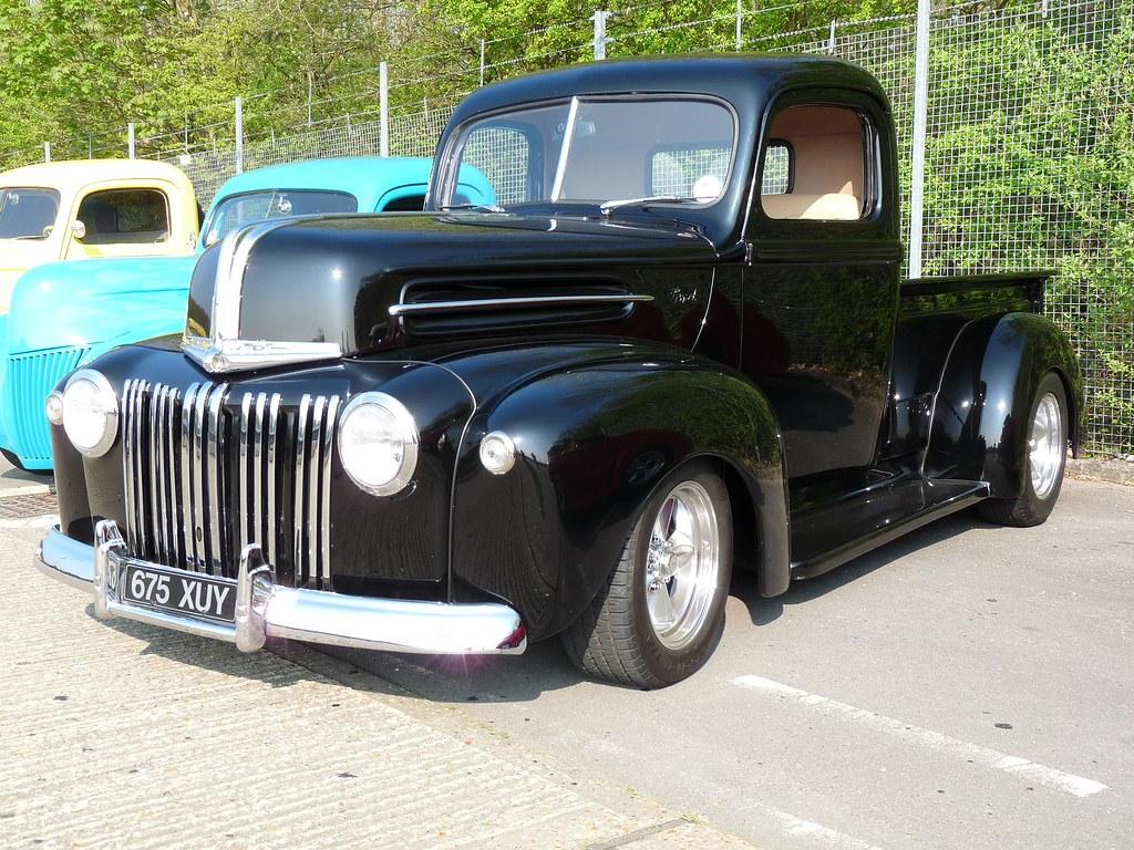 ford pickup truck 1945 dakota 39 s diner hot rod meet. Black Bedroom Furniture Sets. Home Design Ideas