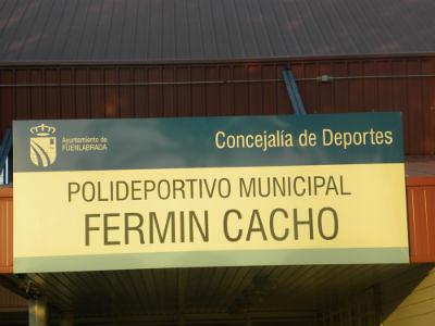Polideportivo municipal ferm n cacho el polideportivo for Piscina municipal de fuenlabrada