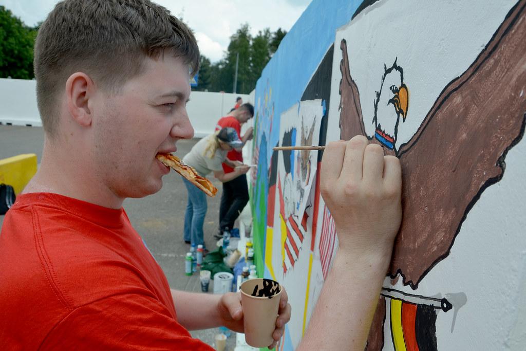 Miesau Army Depot Mural Painting June 2011 21 Soldiers
