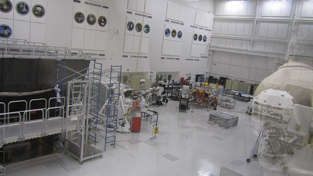 spacecraft assembly facility - photo #10