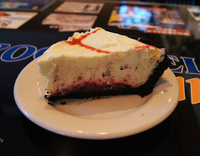 White Chocolate Raspberry Mousse Pie