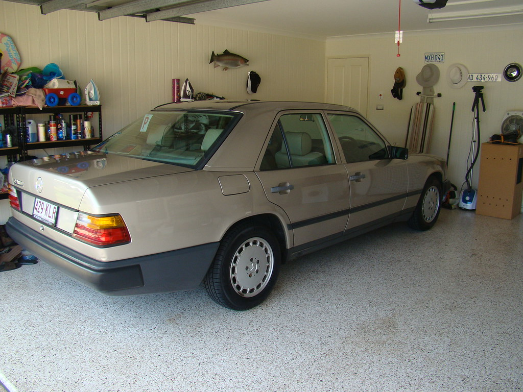 1989 mercedes benz w124 230e cjn1990 flickr for Mercedes benz 230e