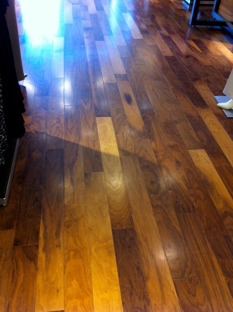 Walnut hardwood flooring albuquerque albuquerque carpet for Hardwood floors albuquerque