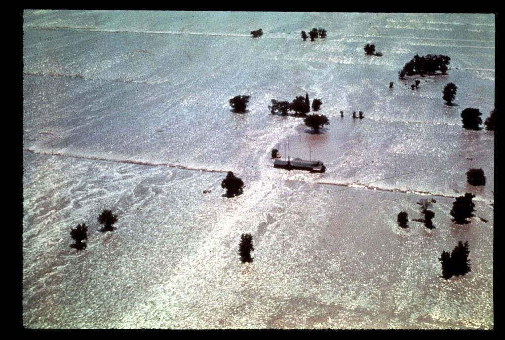idaho-l-0014  teton dam flood
