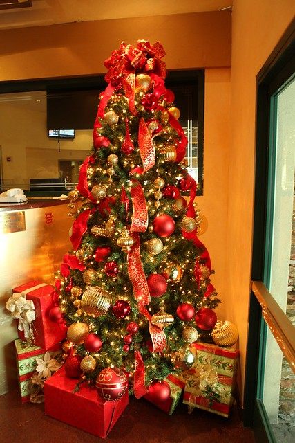 Red And Gold Christmas Tree Flickr Photo Sharing