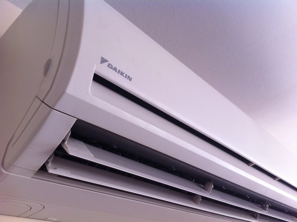 Daikin Wall Mounted Air Conditioning System Nottingham