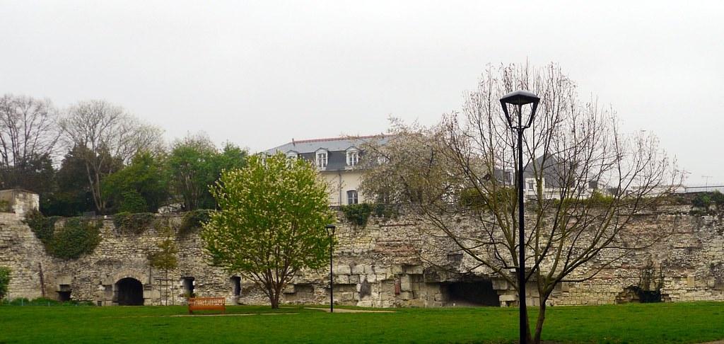 Tours indre et loire vestiges de l 39 ancien caesarodunum s for Legens materiaux anciens indre et loire