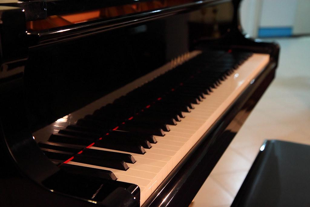 Yamaha C Grand Piano Weight