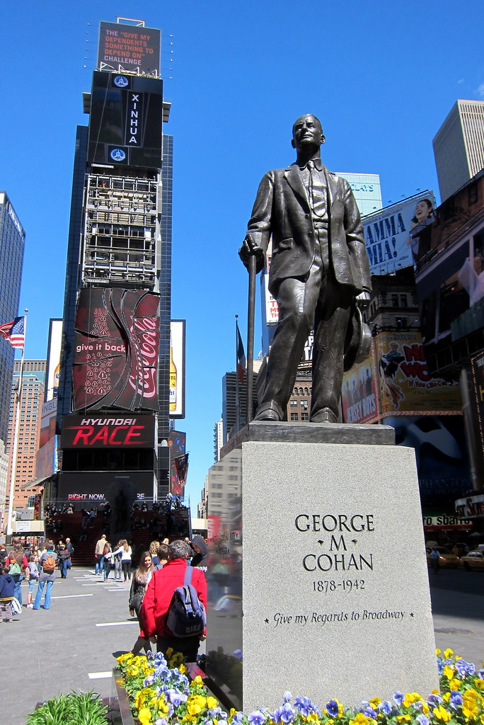NYC - Times Square: Duffy Square - George M. Cohan statue ...