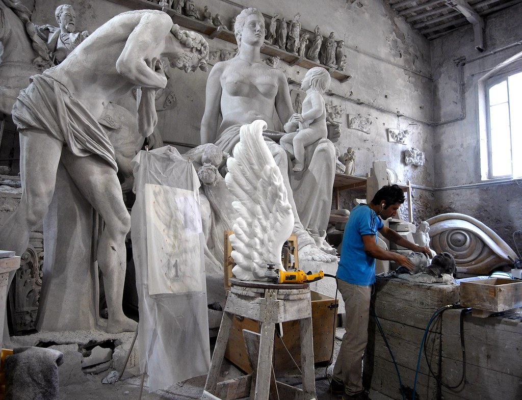 Carrara Marble Artist Workshop Nicoli Sculpture Studio