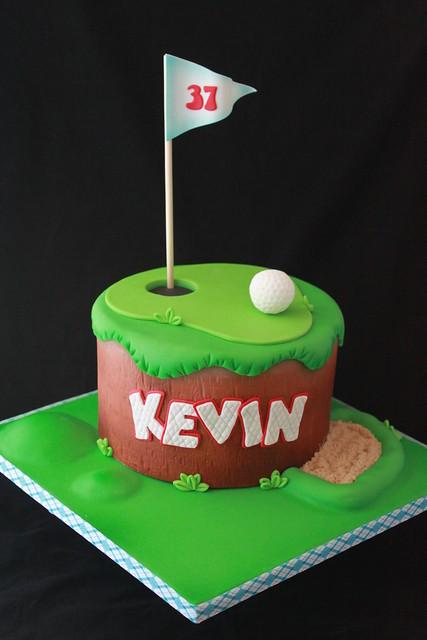 Happy Birthsay Tee Cakes