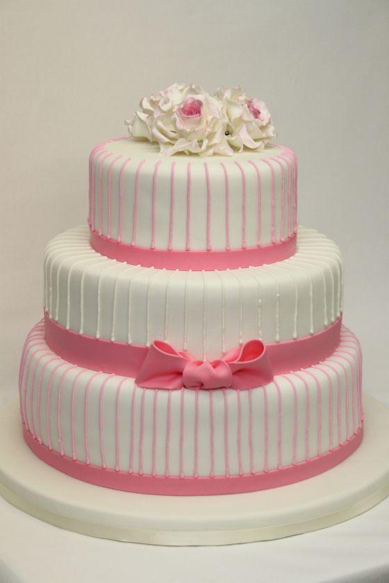 3 st ckige hochzeitstorte cremewei und pink mit rosen und. Black Bedroom Furniture Sets. Home Design Ideas