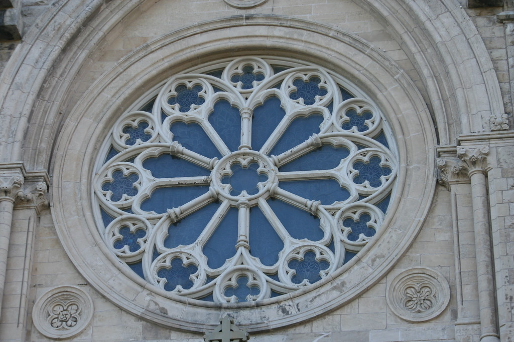 Rose window of church of our lady immaculate guelph onta for Rose window design