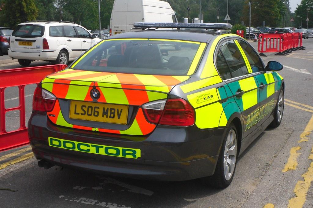 Dr Car: Emergency Doctor / BMW 325i / Rapid Response Car / LS06 MB