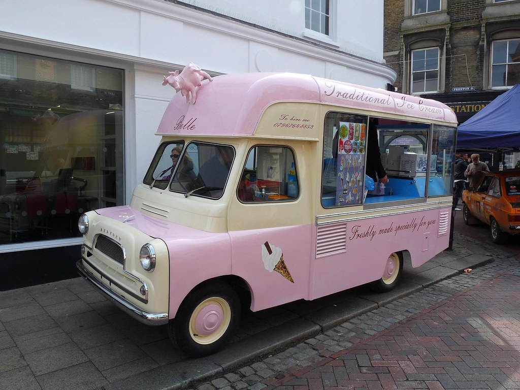 bedford ca ice cream van seen at faversham transport. Black Bedroom Furniture Sets. Home Design Ideas