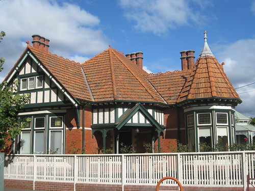 An Edwardian Mock Tudor Queen Anne Mansion - Ballarat