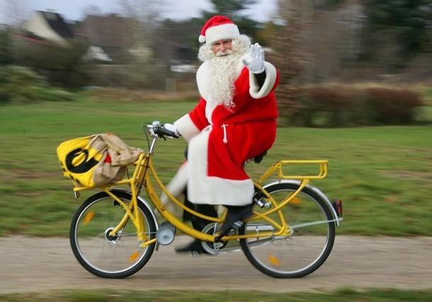 Santa on a Bicycle - Germany | Flickr - Photo Sharing!