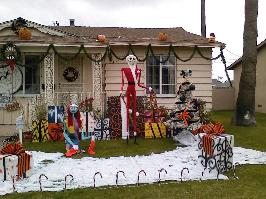 nightmare before christmas house | 3cinevoli | Flickr