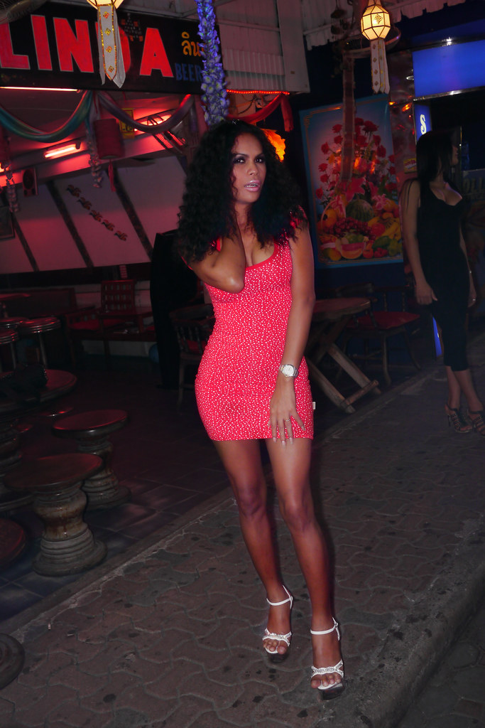 Pattaya ladyboy guide-8310