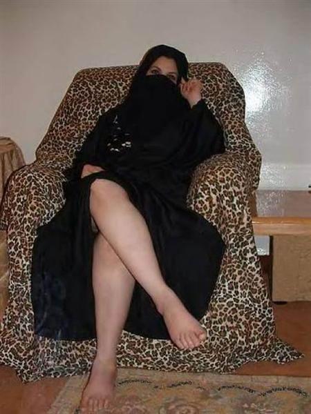 Arabic Hot Legs  M03Taz2010  Flickr-2830