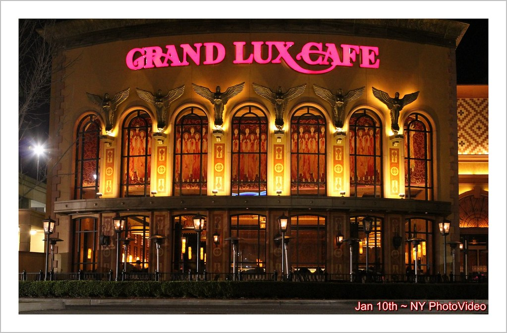 Grand Lux Cafe Roosevelt Field Mall Garden City Ny Guy Paray Flickr