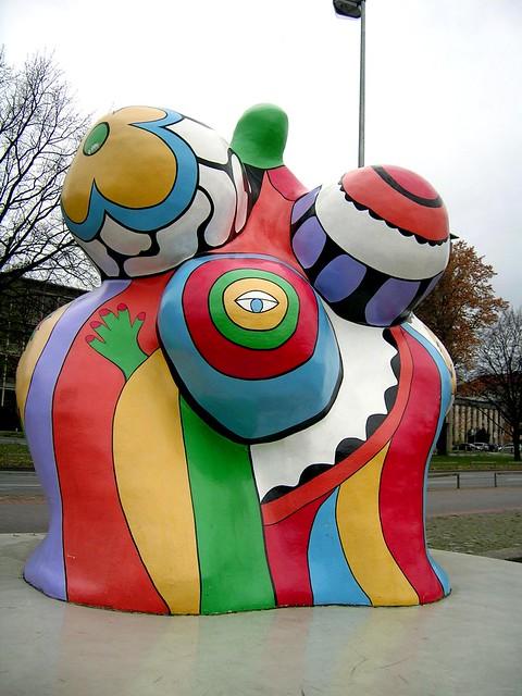 Nana skulptur von niki de saint phalle flickr photo sharing - Nana de niki de saint phalle ...