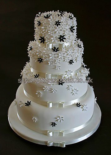 Masquerade Cake With Black Red And White