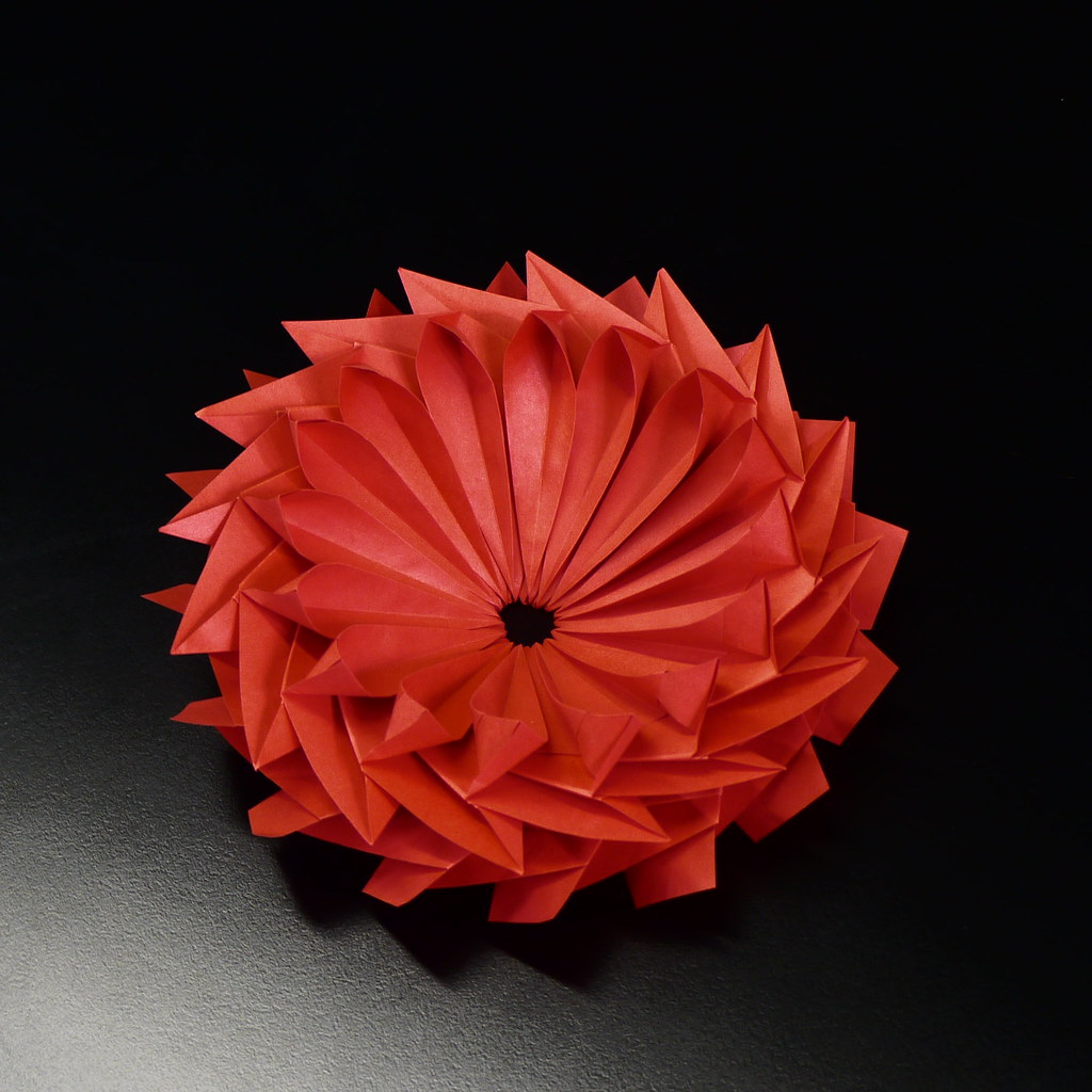 Gear flower more flower than gear Dahlia Katrin in red   Flickr