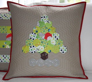 xmas pillows | by izzy inspired